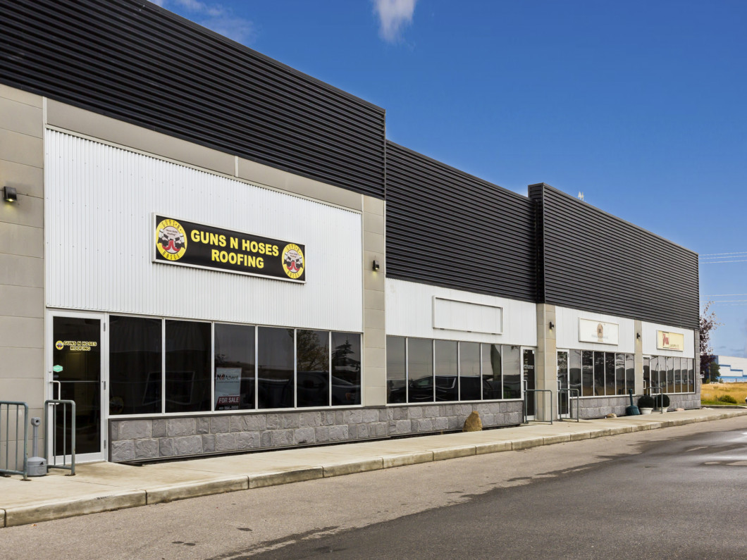 Industrial Bay For Sale in Calgary