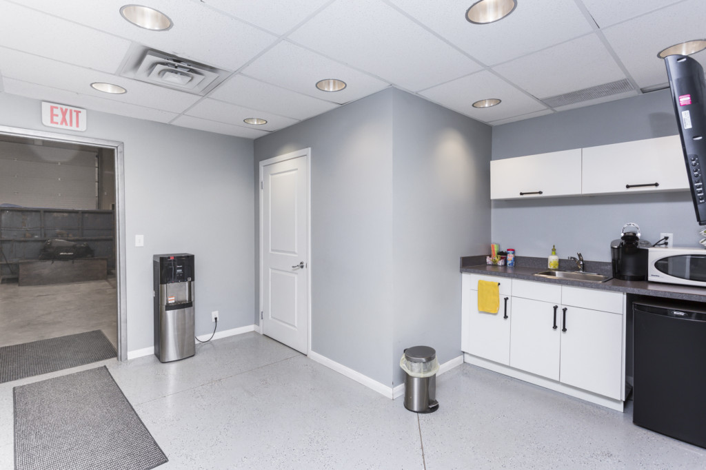 Idustrial Bay Kitchen For Sale in Calgary